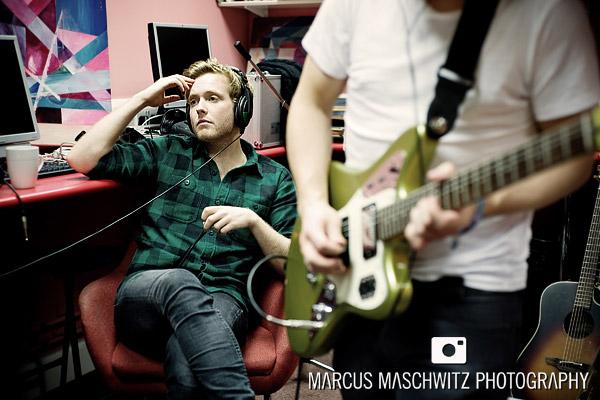 narration-in-studio-06